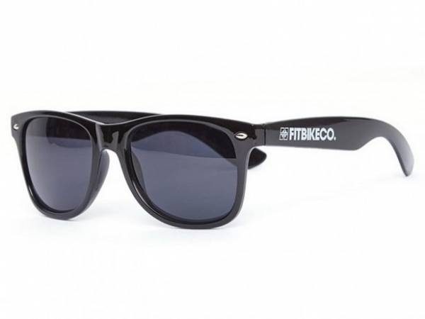 FIT SUNGLASSES WAYFARER STYLE Black