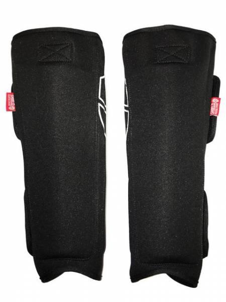 SHIELD PROTECTIVES SHIN PADS Black