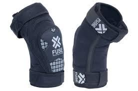 FUSE KNEE GUARDS E FULL DEFENCE Black/White